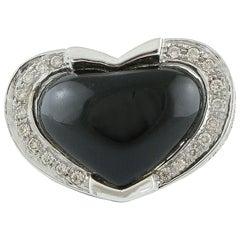 White Diamonds Heart Shape Onyx White Gold Fashion Ring