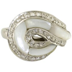 White Diamonds Mother-of-Pearl White Gold Ring