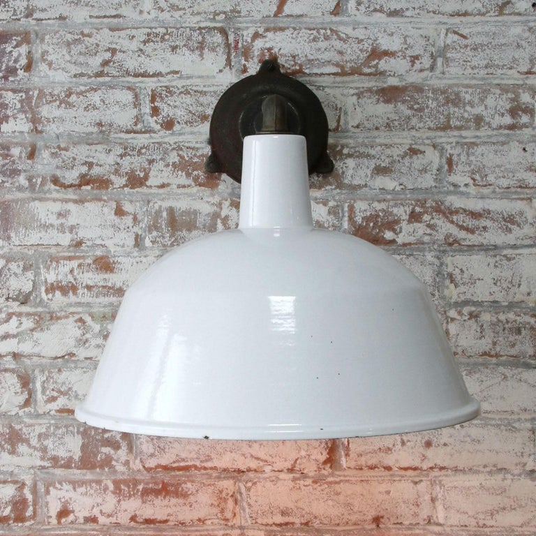 White Enamel Vintage Industrial Cast Iron Factory Scones Wall Lights In Good Condition For Sale In Amsterdam, NL