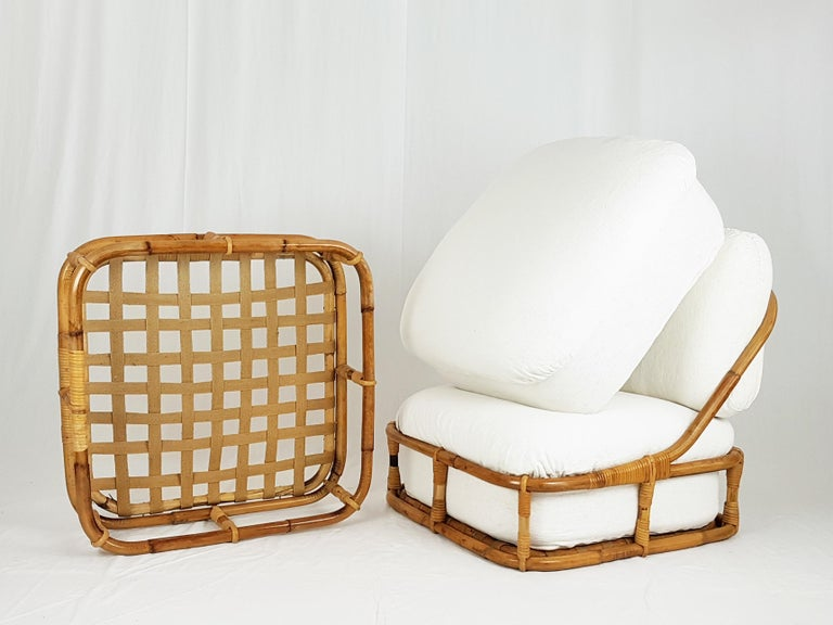 White Flax, Fabric and Rattan 1960s Cushioned Lounge Chair with Ottoman For Sale 5