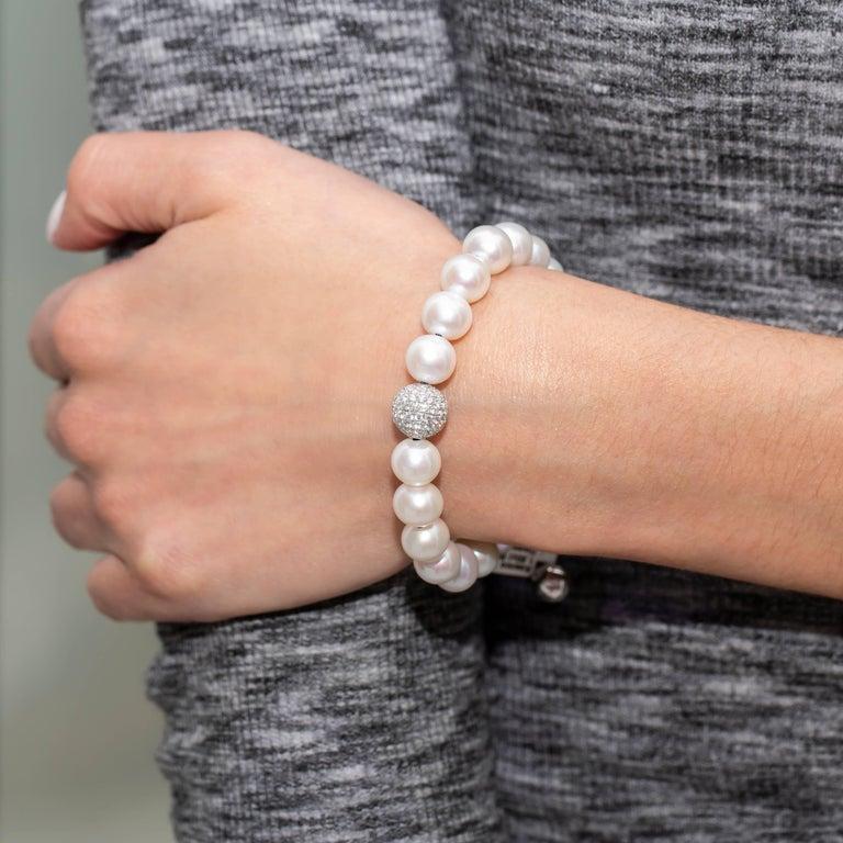 Women's White Fresh Water Pearl Pave Set 1.80 Carat Diamond 18Karat White Gold Bracelet  For Sale