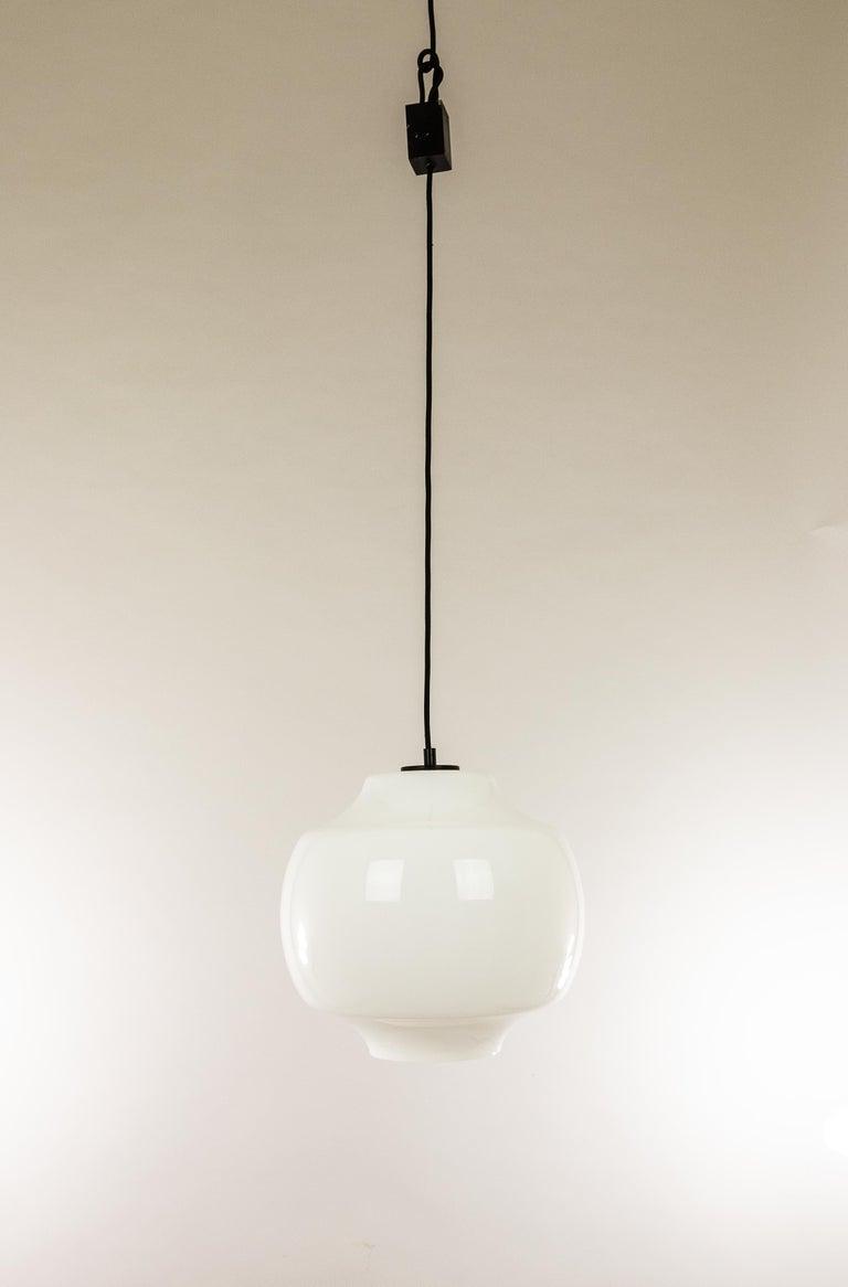 Mid-20th Century White Glass Pendant by Alessandro Pianon for Vistosi, 1960s