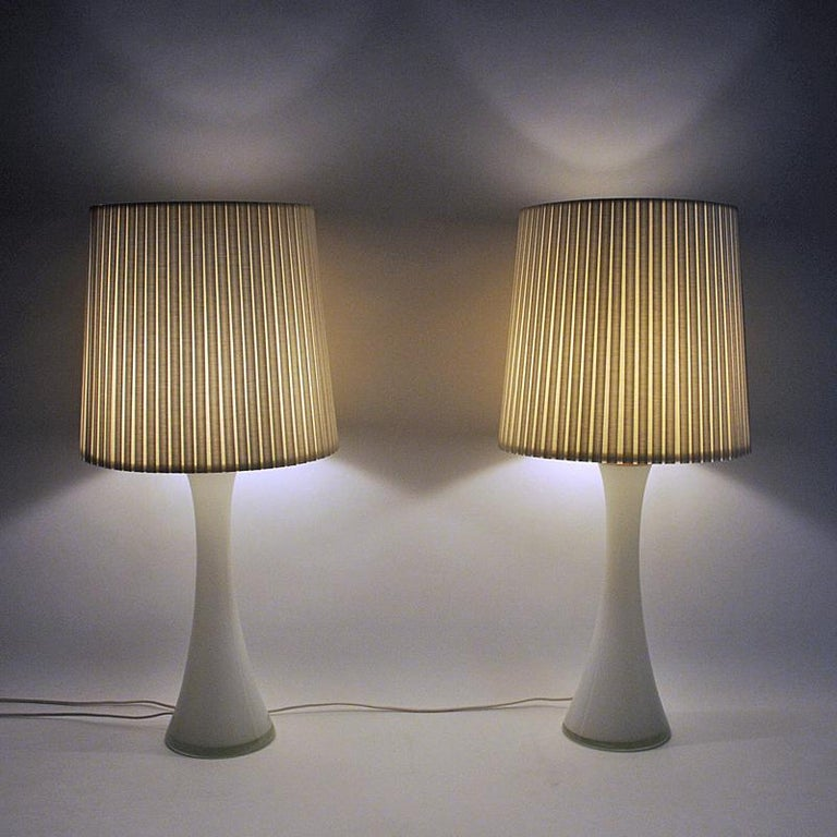 Swedish White Glass Table Lamp Pair by Berndt Nordstedt for Bergboms, Sweden, 1960s For Sale