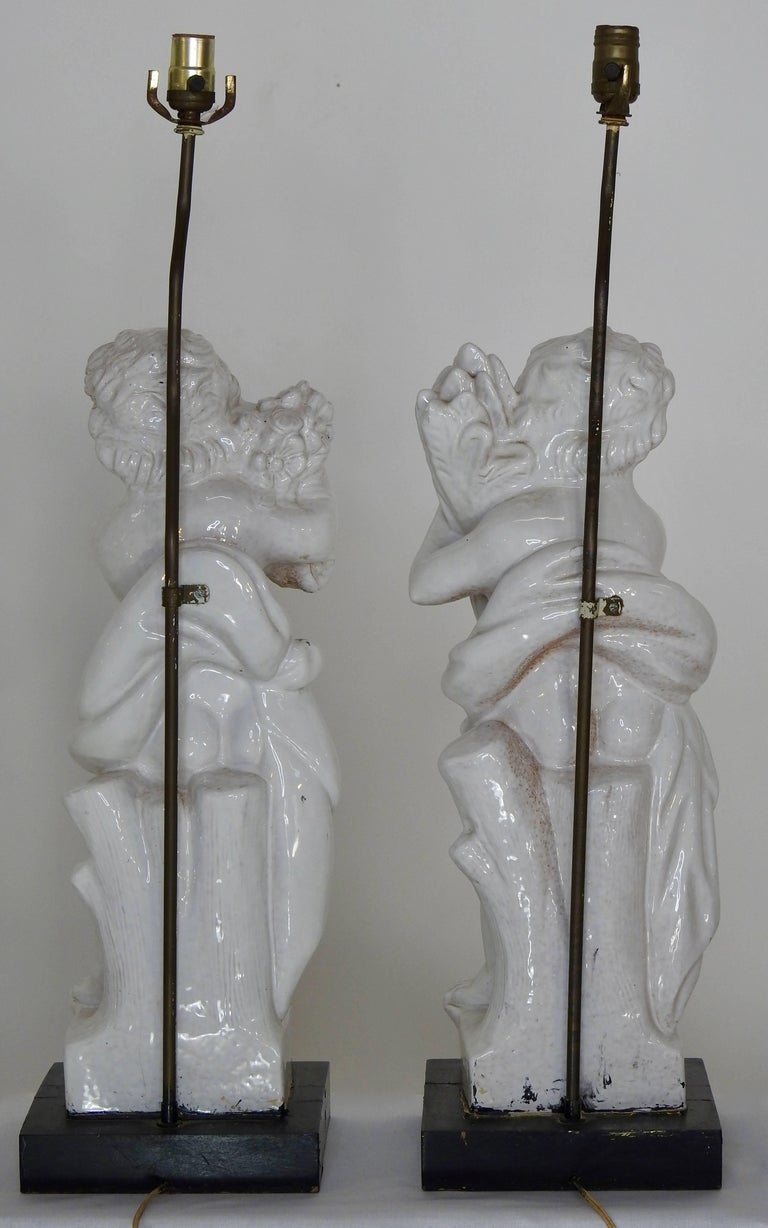 White Glazed Terracotta Cherub Lamps on Wooden Bases, Pair For Sale 1