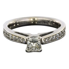 White Gold 0.91 Carat Princess Diamond Graduated Engagement Ring
