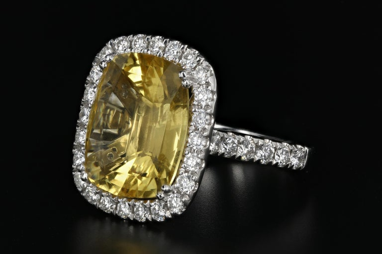 Modern White Gold 10.83 Natural No Heat Yellow Sapphire and Diamond Ring AGL Certified For Sale