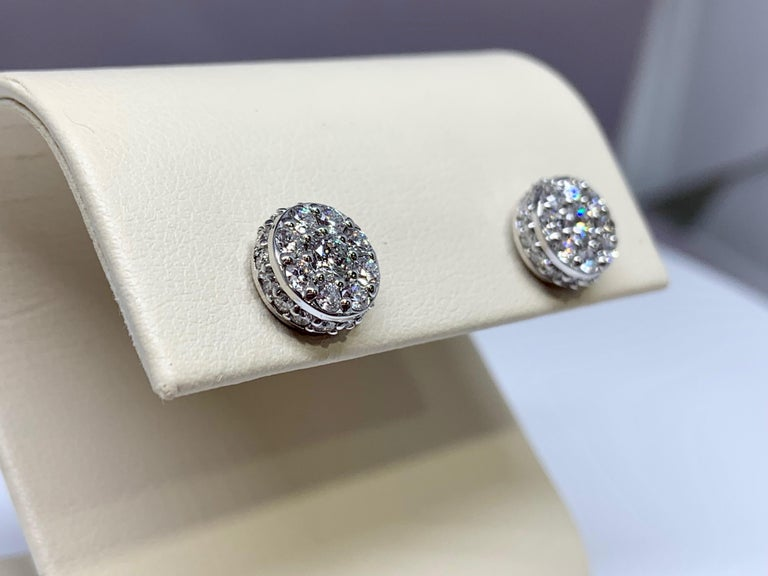 Round Cut White Gold 1.48 Carat Total Weight Diamond Cluster Stud Earrings For Sale