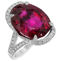 White Gold 18 Karat Diamond Garnet Rhodolite Big Elaborated Ring