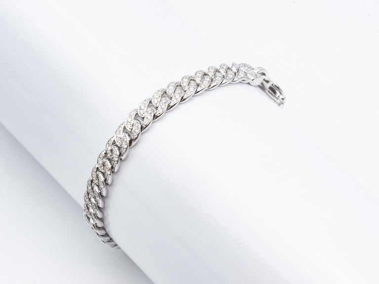 Art Deco White Gold 18 Karat Gourmet Decorated with 249 Diamonds of 1.78 Carat Color F/G For Sale