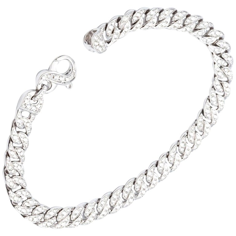 White Gold 18 Karat Gourmet Decorated with 249 Diamonds of 1.78 Carat Color F/G For Sale