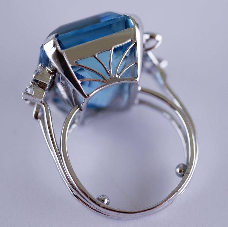 White Gold 21.73 Carat Aquamarine and Diamond Ring, circa 1940 For Sale 6