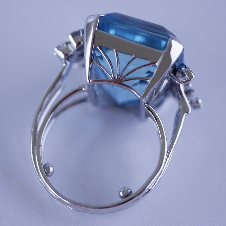 White Gold 21.73 Carat Aquamarine and Diamond Ring, circa 1940 For Sale 7