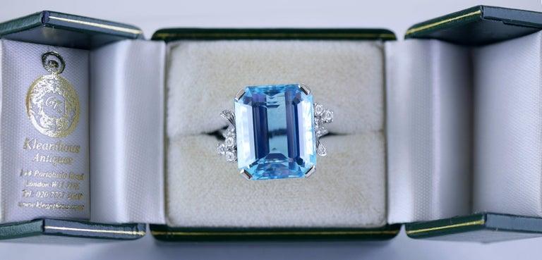 White Gold 21.73 Carat Aquamarine and Diamond Ring, circa 1940 For Sale 1