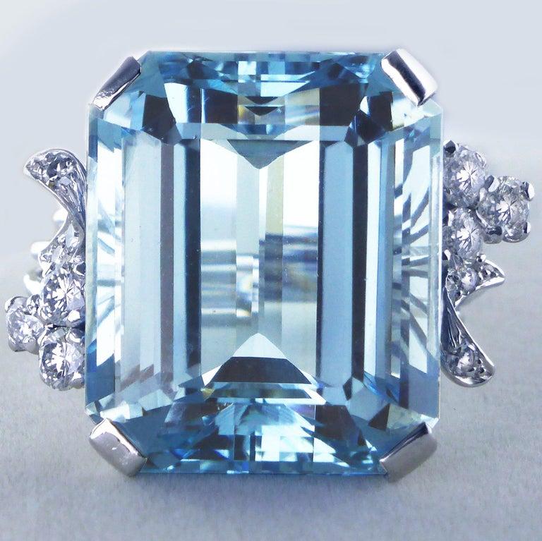 White Gold 21.73 Carat Aquamarine and Diamond Ring, circa 1940 For Sale 3