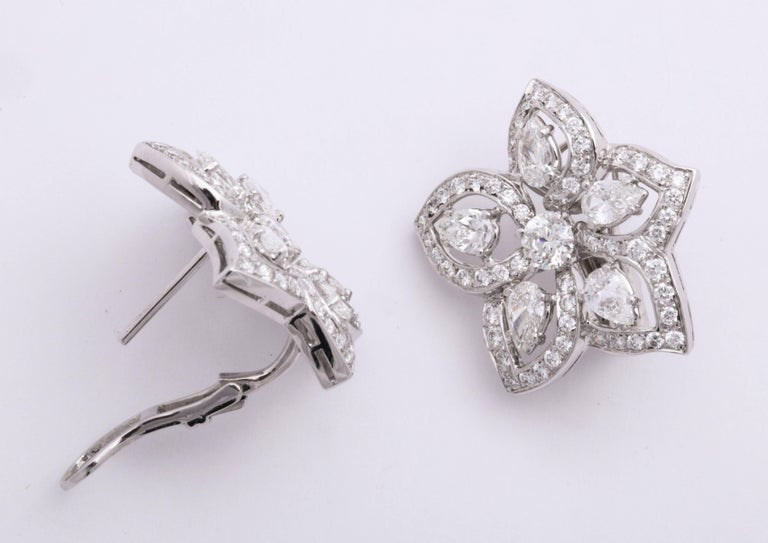 Romantic White Gold and Diamond Floral Earrings For Sale