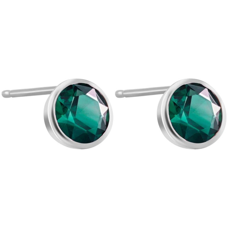 White Gold Bezel Emerald Stud Earrings 0.90 Carats For Sale