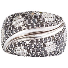 White Gold Black and White Diamond Pave Flowers Band Ring