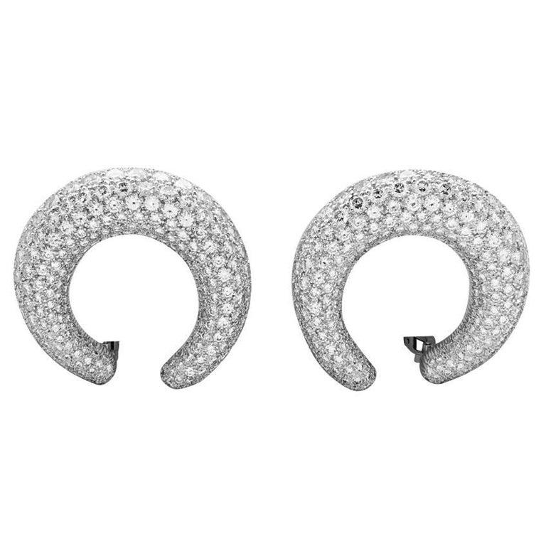 Round Cut Cartier Hoop Earrings Set with a Brilliant-Cut Diamonds Pavé For Sale