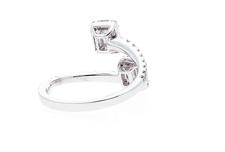 White Gold Contrarie Ring with Baguette Cut Diamonds For Sale 1