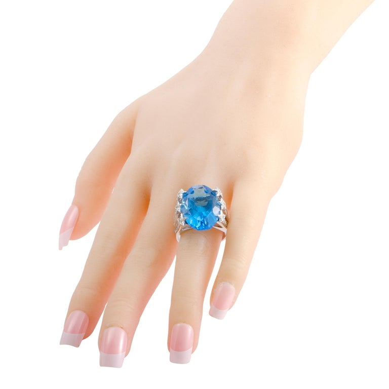 Men's White Gold Diamond and Topaz Cocktail Ring For Sale