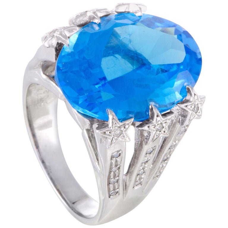 White Gold Diamond and Topaz Cocktail Ring For Sale