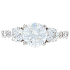 White Gold Diamond Engagement Ring, 18 Karat Round Brilliant Cut 2.22 Carat GSL