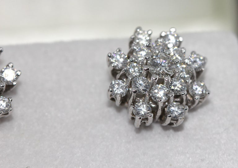 Round Cut White Gold, Diamond Stud Earrings For Sale