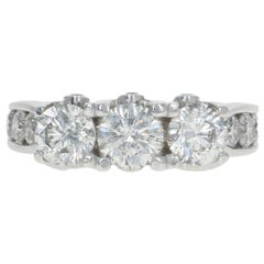 White Gold Diamond Three-Stone Ring, 14 Karat Round Brilliant 3.00ctw