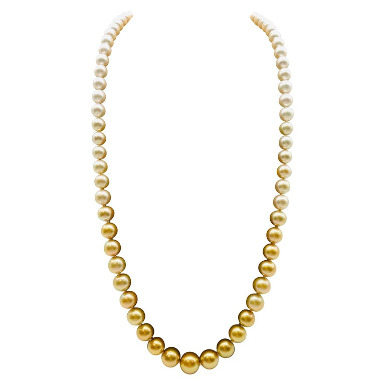Long pearl necklace from white to gold color For Sale