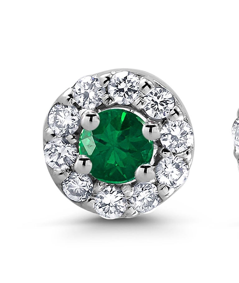 White Gold Emerald Diamond Earrings Weighing 0.47 Carat For Sale 1