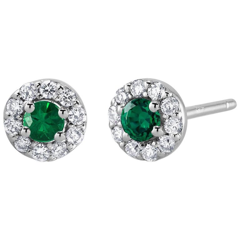 White Gold Emerald Diamond Earrings Weighing 0.47 Carat For Sale