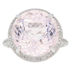White Gold Morganite Beryl and Diamond Ring, 14 Karat Round Cut 19.25 Carat Halo