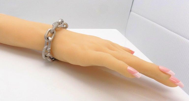 Women's White Gold Oval Link Diamond Pave Bracelet For Sale