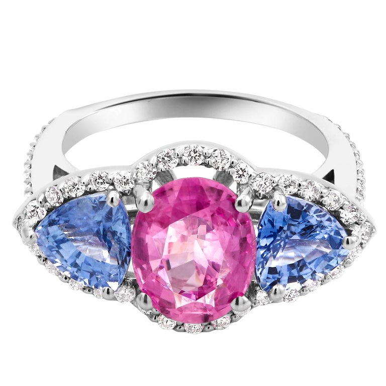 White Gold Pink and Blue Sapphire Diamond Cocktail Ring Weighing 6.05 Carat For Sale