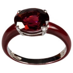 White Gold 18k Red Enamel and 3.03 Carat Oval Garnet Ring