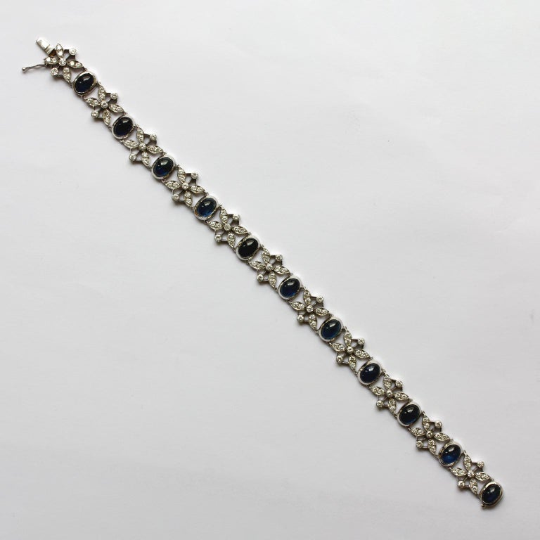 White Gold Sapphire and Diamond Bracelet In Excellent Condition For Sale In Amsterdam, NL