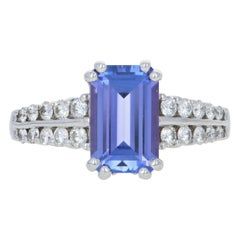 White Gold Tanzanite and Diamond Ring, 18 Karat Rectangle 2.64 Carat Engagement
