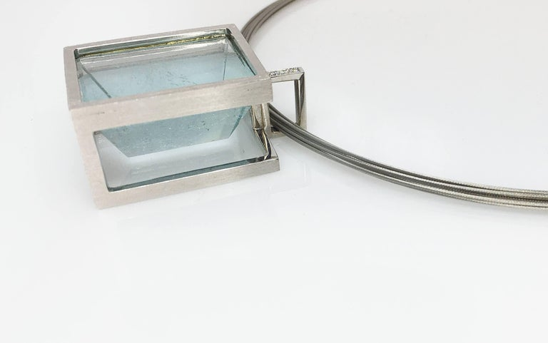 White Gold with Diamond Pave' Mirror Cut Aquamarine Pendant For Sale 1