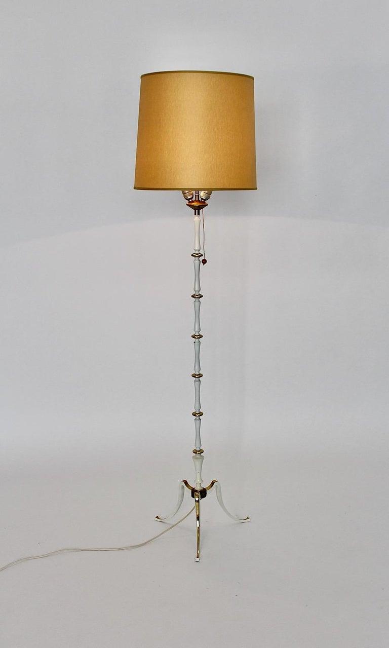 White Golden Metal Vintage Floor Lamp Mid Century Modern, 1950s, Italy For Sale 3