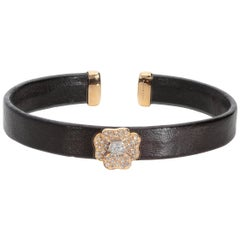 White GVS and Brown Diamonds Leather 18 Karat Pink Gold Flower Bangle Bracelet
