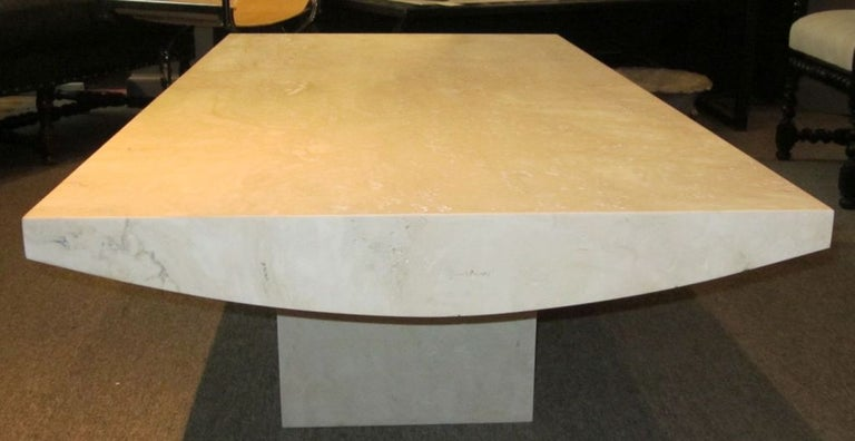 White Italian Travertine Rectangular Coffee Table, Contemporary In New Condition For Sale In New York, NY