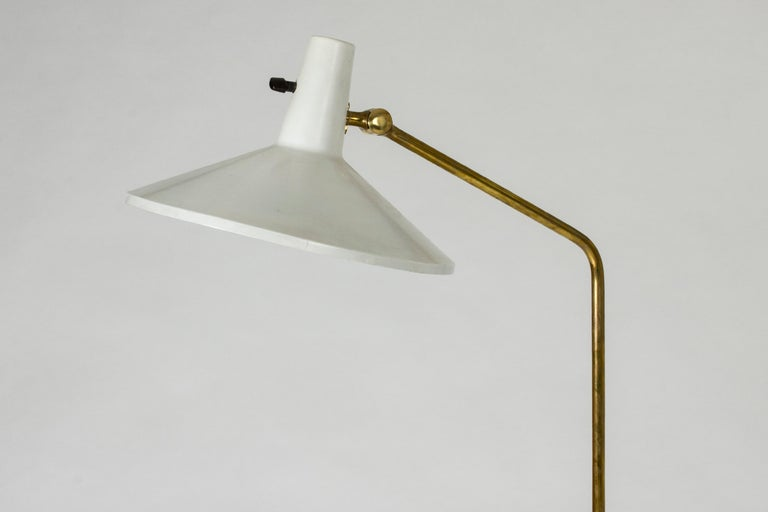 White Lacquer Floor Lamp by Bertil Brisborg In Good Condition For Sale In Stockholm, SE