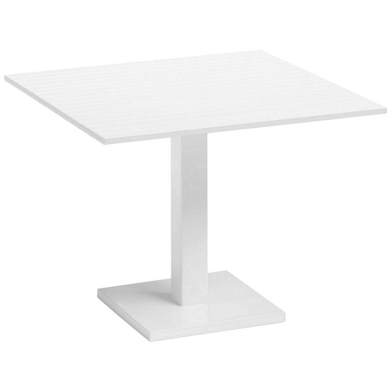 In Stock in Los Angeles, White Lacquered Aluminium Outdoor Orione Table For Sale