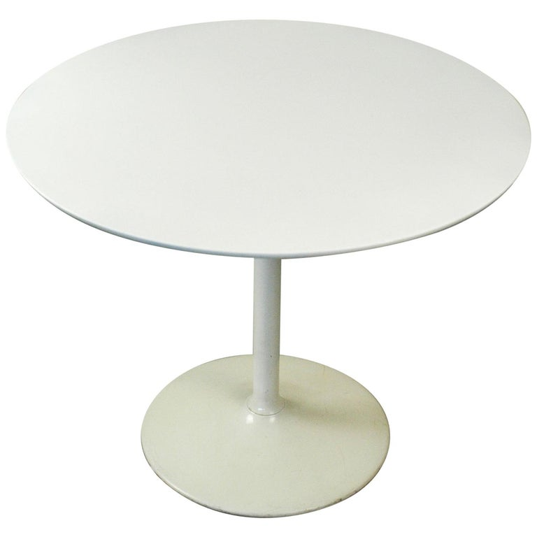 White Lacquered German 1960s Tulip Coffee Table by Opal For Sale