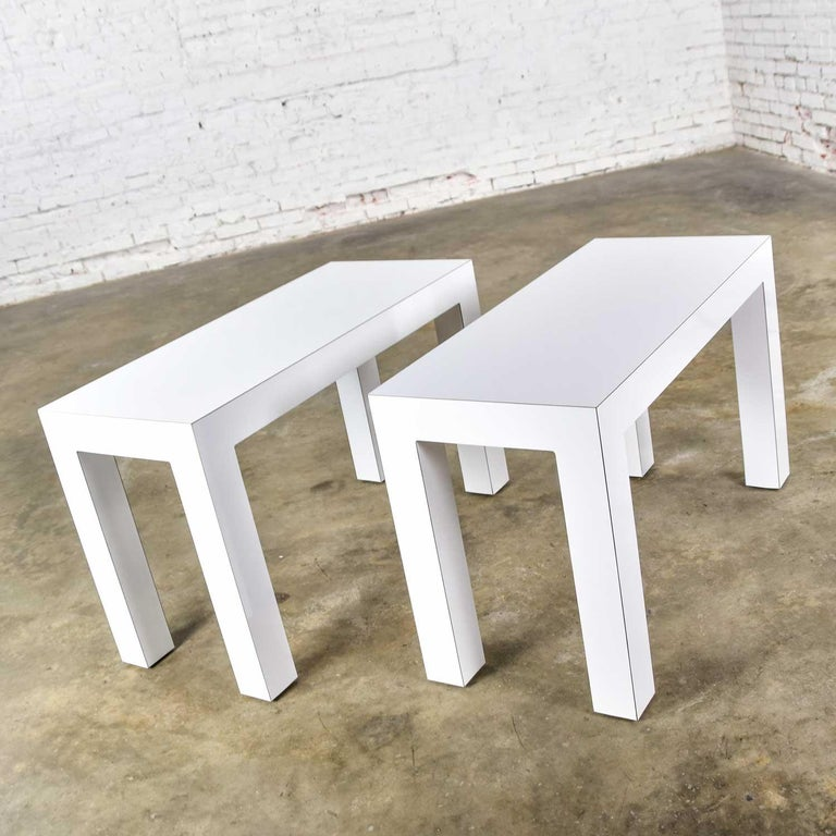 White Laminate Parsons Style Side or End Tables with Glass Tops, a Pair For Sale 4