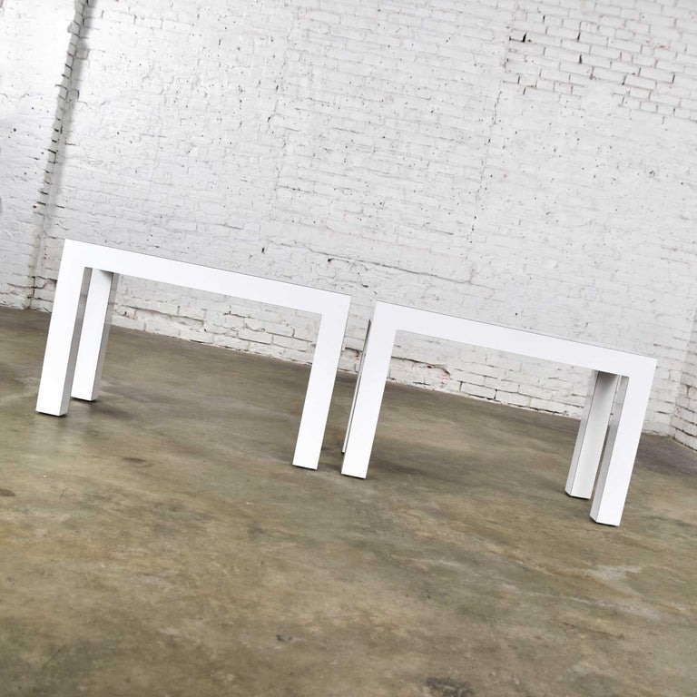 20th Century White Laminate Parsons Style Side or End Tables with Glass Tops, a Pair For Sale