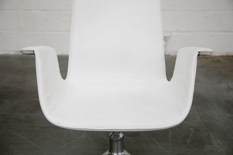 White Leather 'Bird' Swivel Chair by Preben Fabricius & Jørgen Kastholm, Signed For Sale 4