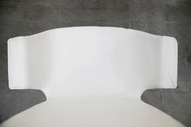 White Leather 'Bird' Swivel Chair by Preben Fabricius & Jørgen Kastholm, Signed For Sale 9
