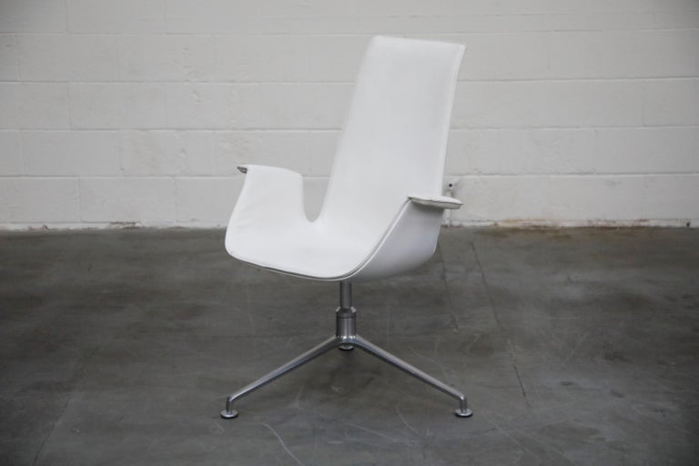 German White Leather 'Bird' Swivel Chair by Preben Fabricius & Jørgen Kastholm, Signed For Sale