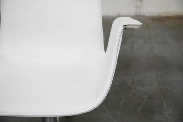 White Leather 'Bird' Swivel Chair by Preben Fabricius & Jørgen Kastholm, Signed For Sale 2